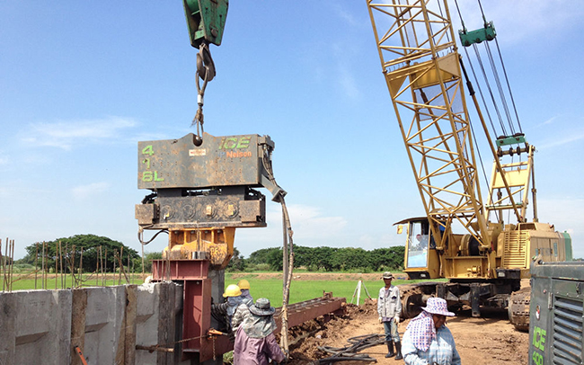 Services of sheet piling