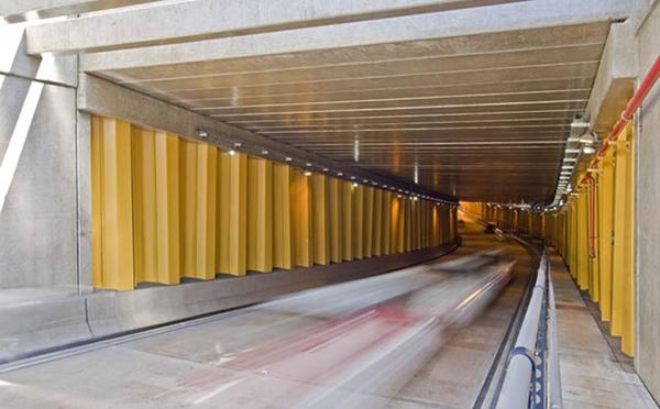 Modelling sheet pile retaining walls
